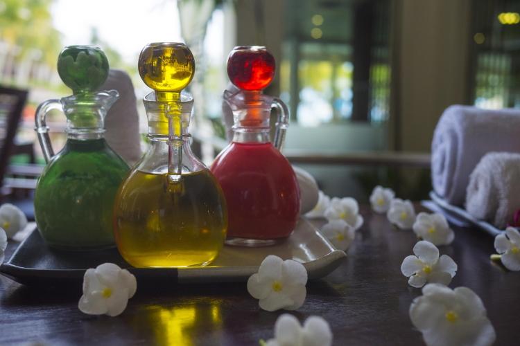 Que choisir parmi les huiles pour un massage relaxant