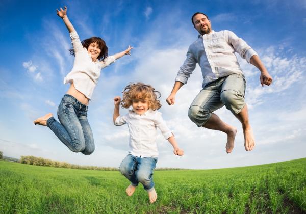 Éveil et stimulation chez les enfants: les bienfaits du massage
