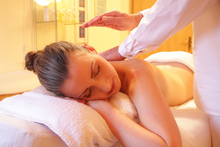 Les bienfaits du massage ayurvédique Abhyanga