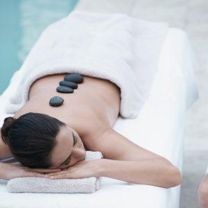 Massage aux pierres chaudes 60 min