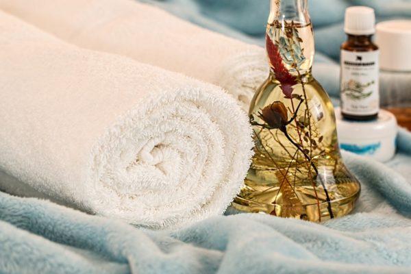 Les bienfaits des huiles essentielles en massage bien-être
